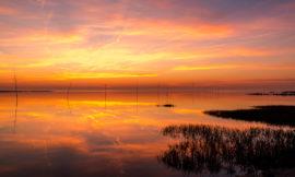Schiffe, Meer und Sonnenuntergang